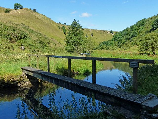 Footbridge crossing the River Dove at Mill Dale