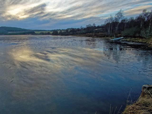 A partly frozen Loch Bunachton