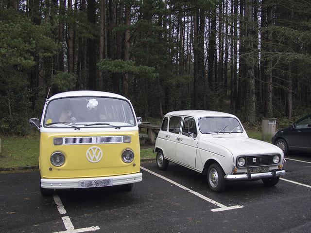 Vintage cars, Silent Valley Reservoir