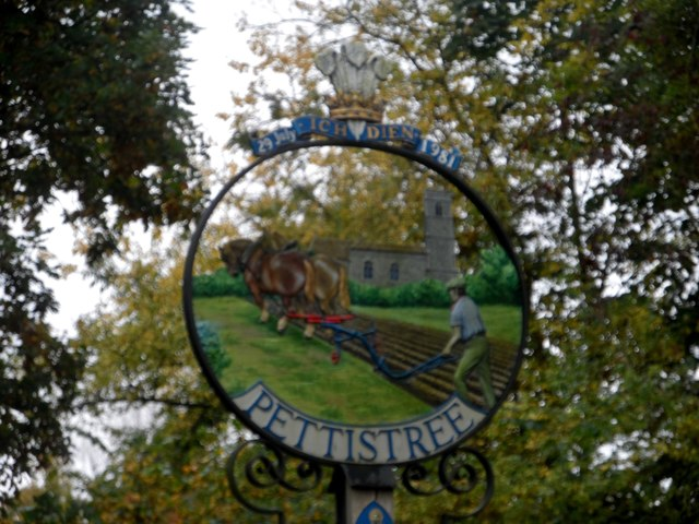 Pettistree village sign