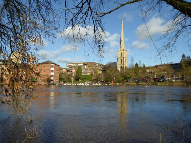 River frontage in Worcester