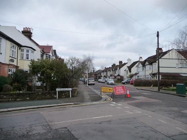 Road ahead closed, Heathcote Grove, Chingford Mount
