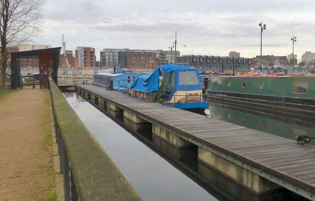 Narrowboats at New Islington