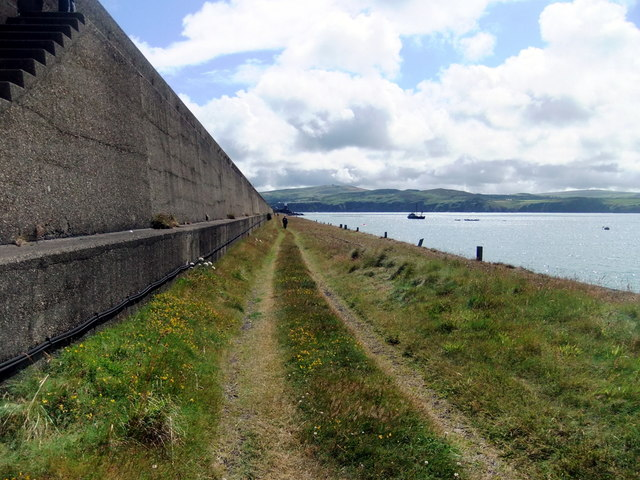 North breakwater, Fishguard harbour (2)