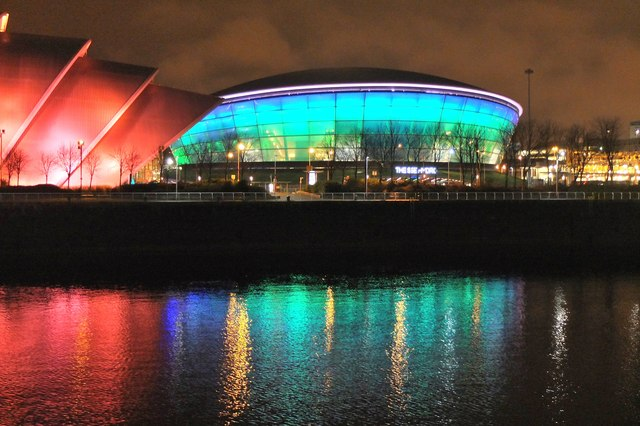 The Armadillo and the Hydro by night