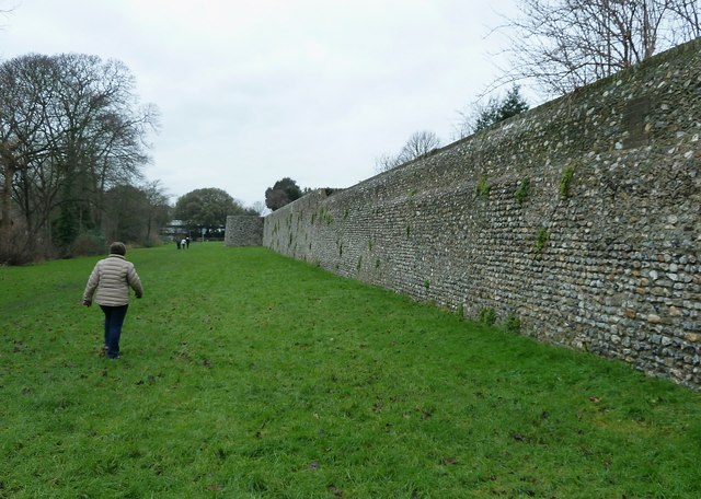 Chichester City Walls - Southwestern section