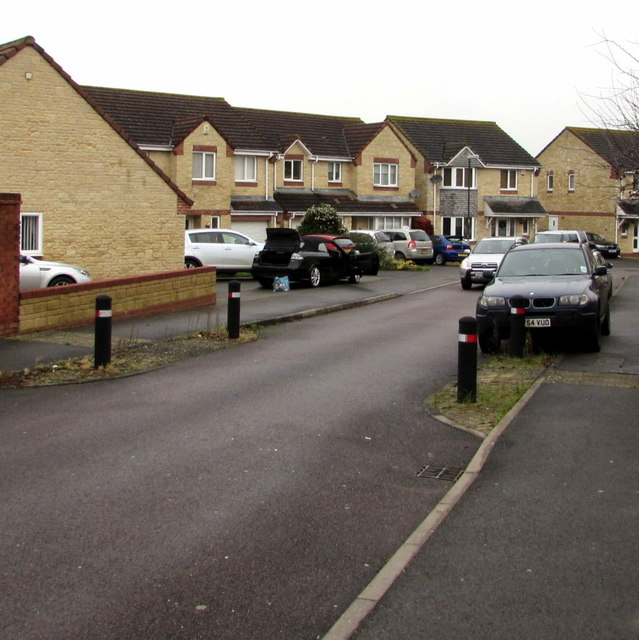 Traffic calming in Arrowsmith Drive, Stonehouse