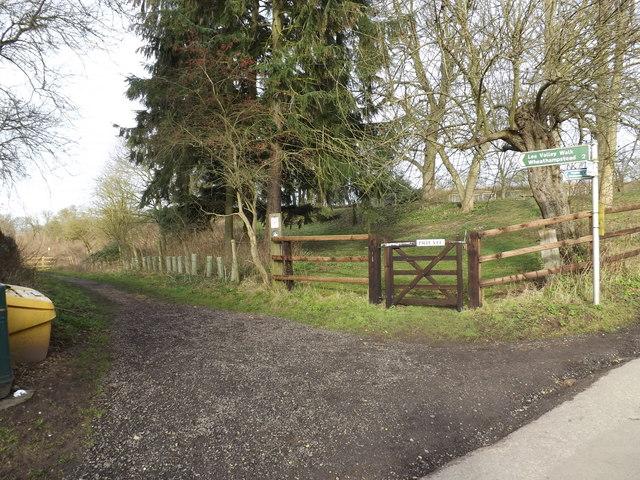 Lea Valley Walk Bridleway to Wheathampstead