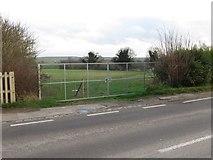 SU5985 : New Gate by Bill Nicholls