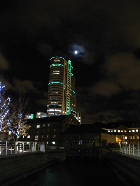 Night shot of Bridgewater Place tower