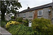SK1971 : Cottage, Little Longstone by N Chadwick