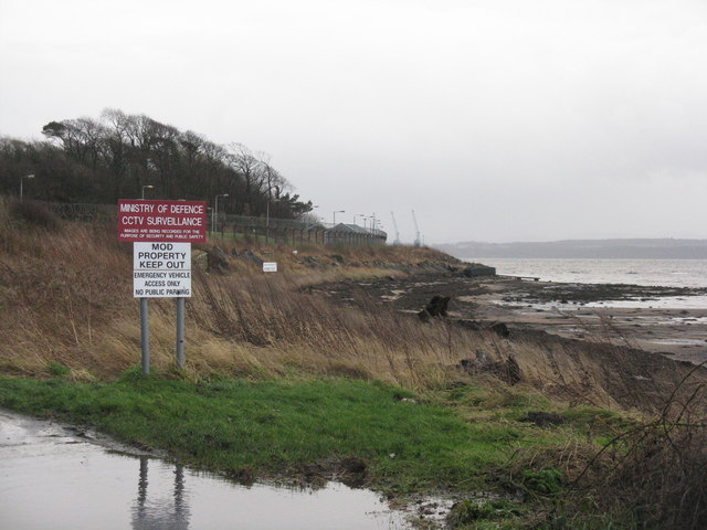 Fore shore at Crombie Point