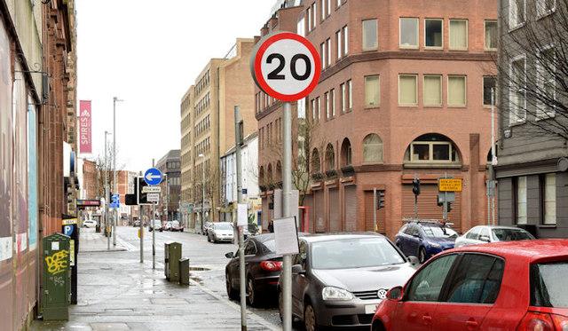 20 mph speed limit sign, Brunswick Street, Belfast (January 2016)