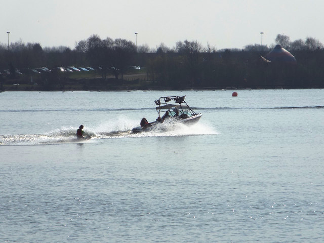 Waterskiing on Chasewater
