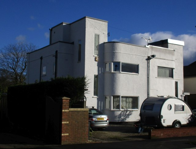 Modernist houses, Cloonmore Drive