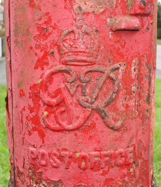 Cypher on George VI postbox on Bempton Lane, Bridlington