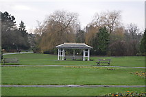 SE2955 : Shelter, Valley Gardens by N Chadwick