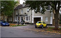 SP3509 : The Fleece (a), 11 Church Green, Witney, Oxon by P L Chadwick