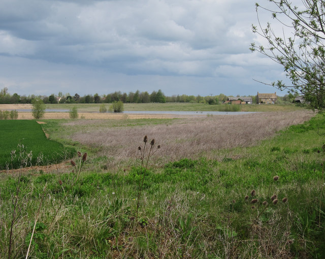 Gravel pit by Margetts Farm