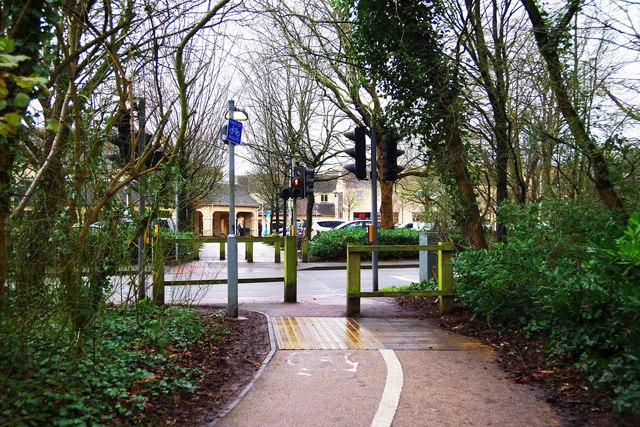 Cycleway & footpath to Witan Way, Witney, Oxon
