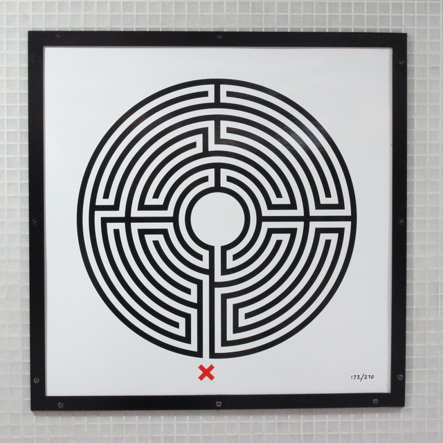 King's Cross St. Pancras tube station - Labyrinth 172