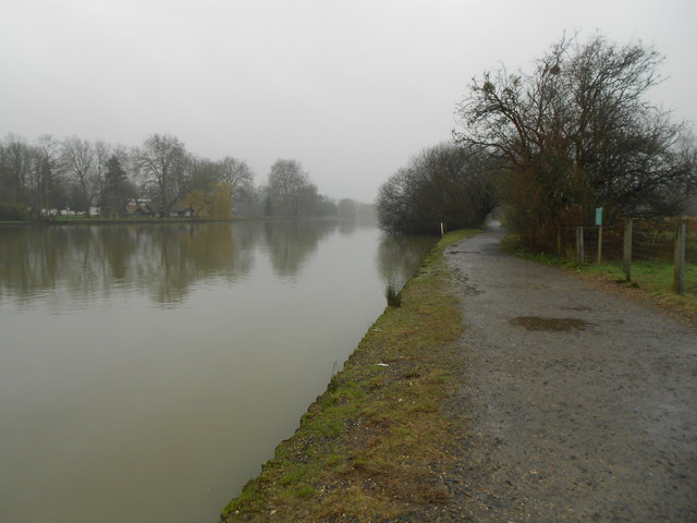 River Thames at Marlow (2)