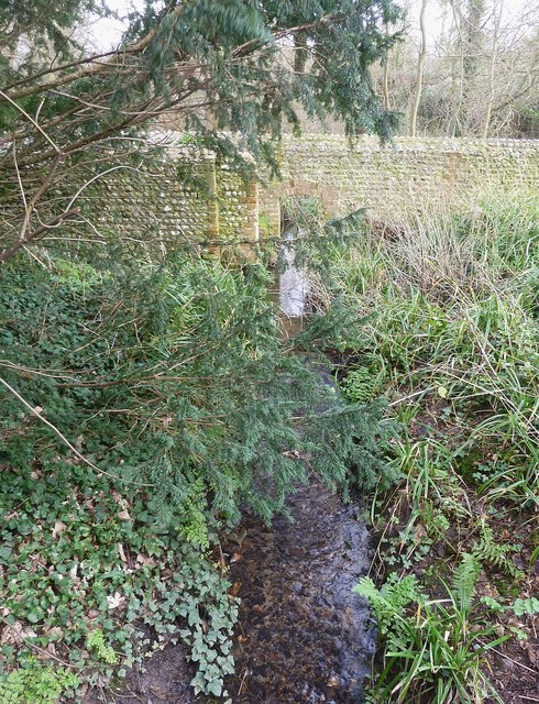 Stream in West Wittering - view upstream