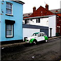 ST3187 : Two-tone Citroën in Mellon Street, Newport by Jaggery