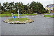 SX4852 : Roundabout, Lawrence Rd by N Chadwick