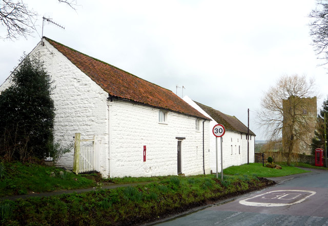 Cottage on National Cycle Route 1, Folkton