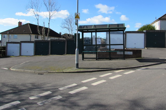 Bus stop and shelter on a Brynglas corner, Newport