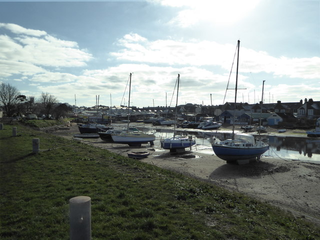 Boats in the old harbour at Exmouth