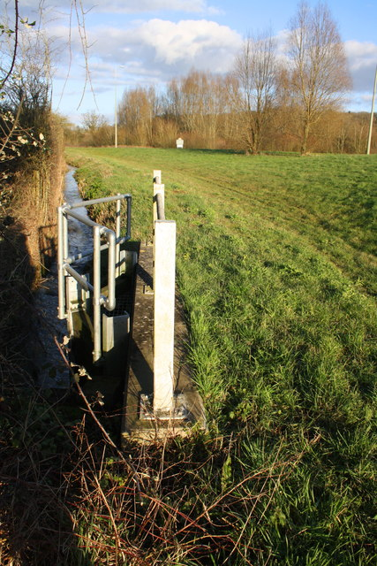 Culvert and ditch on the north side of the A4095