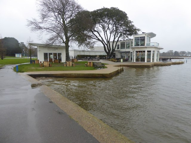 The pavilion by the lake in Poole Park