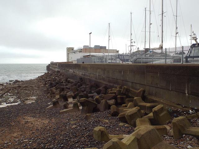Breakwater at Brighton Marina
