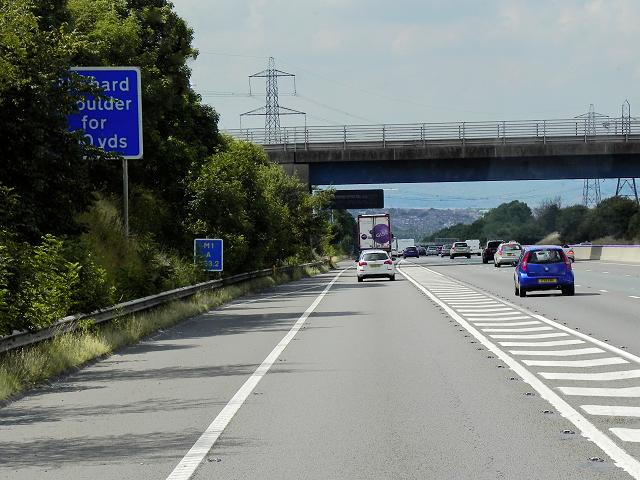 Northbound M1, Doles Lane Bridge