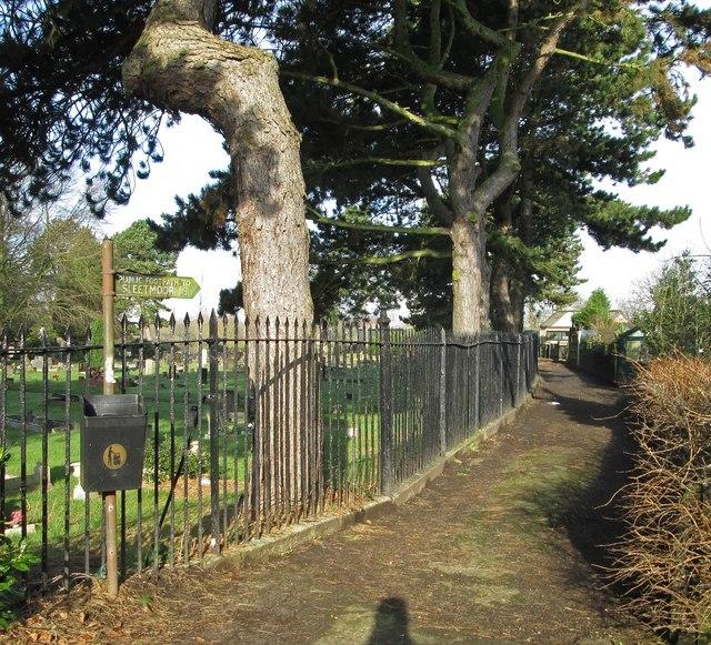 Leabrooks - footpath to Sleetmoor
