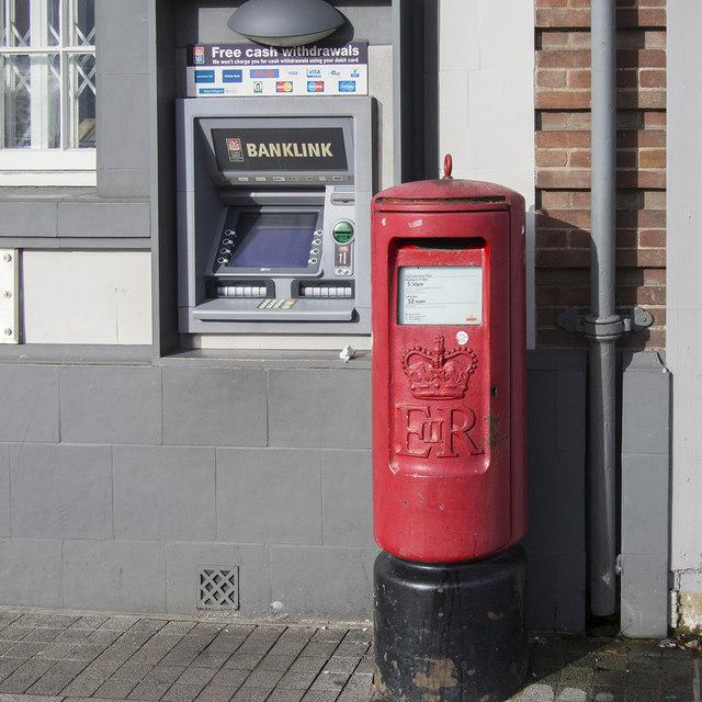 Postbox, Portadown