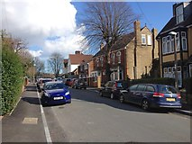TQ7369 : Hillside Avenue, Frindsbury by Chris Whippet