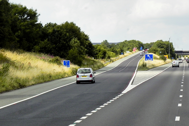 Northbound M1, Exit Sliproad at Junction 37