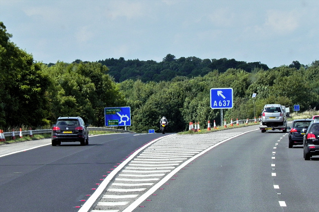 Northbound M1, Exit Sliproad at Junction 38