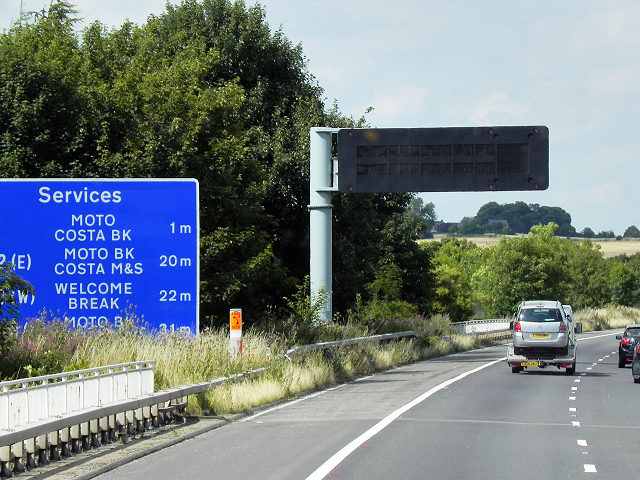 Northbound M1, Variable Message Sign at Junction 38
