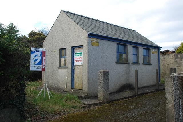 Toiledau ar werth - Toilets for sale