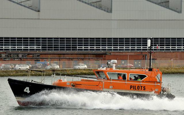 Pilot boat, Musgrave Channel, Belfast (March 2016)