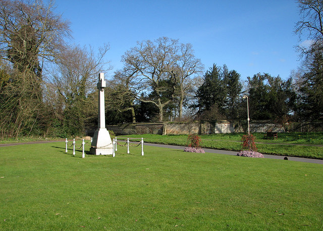 Fulbourn: war memorial and winter trees