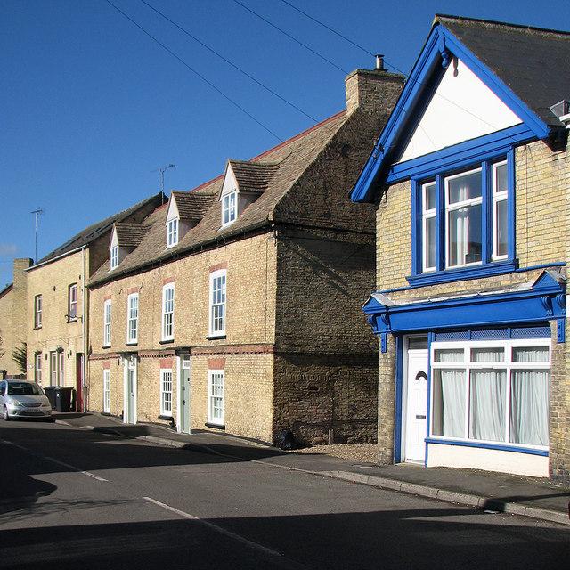 Littleport: yellow brick, blue sky and blue paint