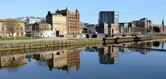 Clyde Street reflections