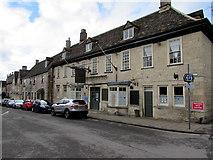 SO8700 : Crown Inn, Minchinhampton by Jaggery