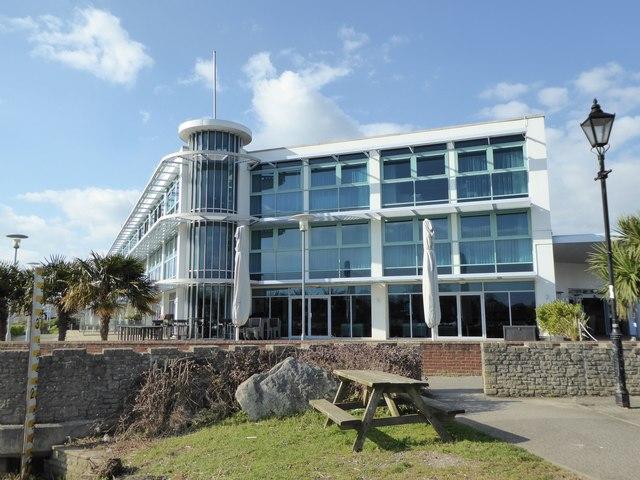 Christchurch: Captain's Club