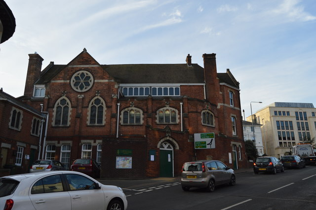 Tunbridge Wells United Reformed Church by N Chadwick